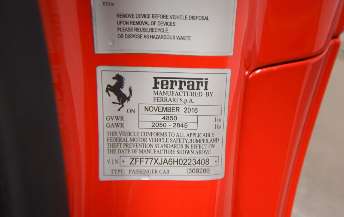 2017 Ferrari  California T image _6159573a8689b6.14255596.jpg
