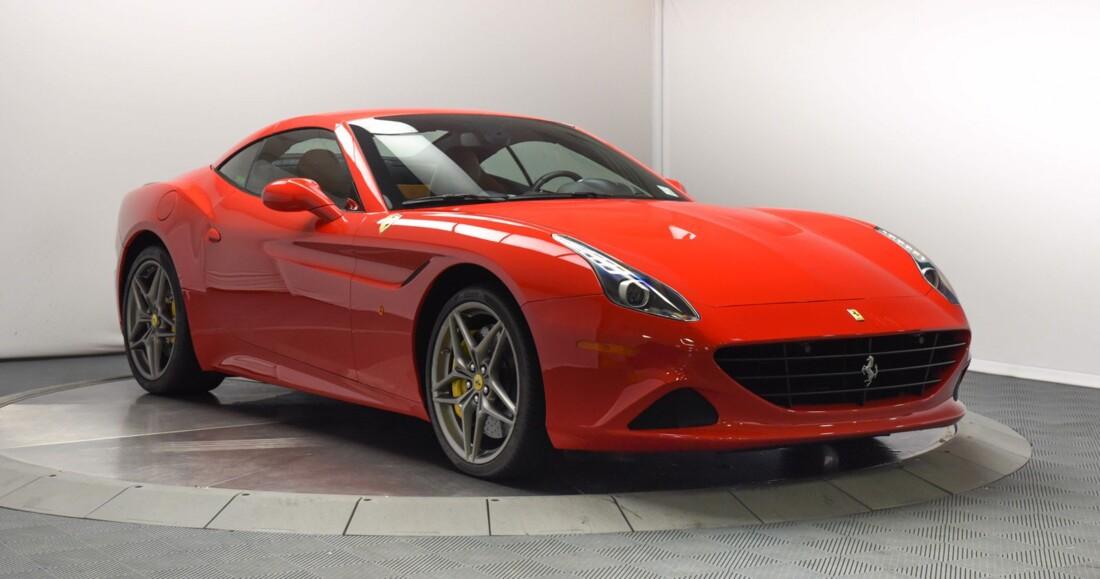 2017 Ferrari  California T image _6159573b368af3.49488741.jpg