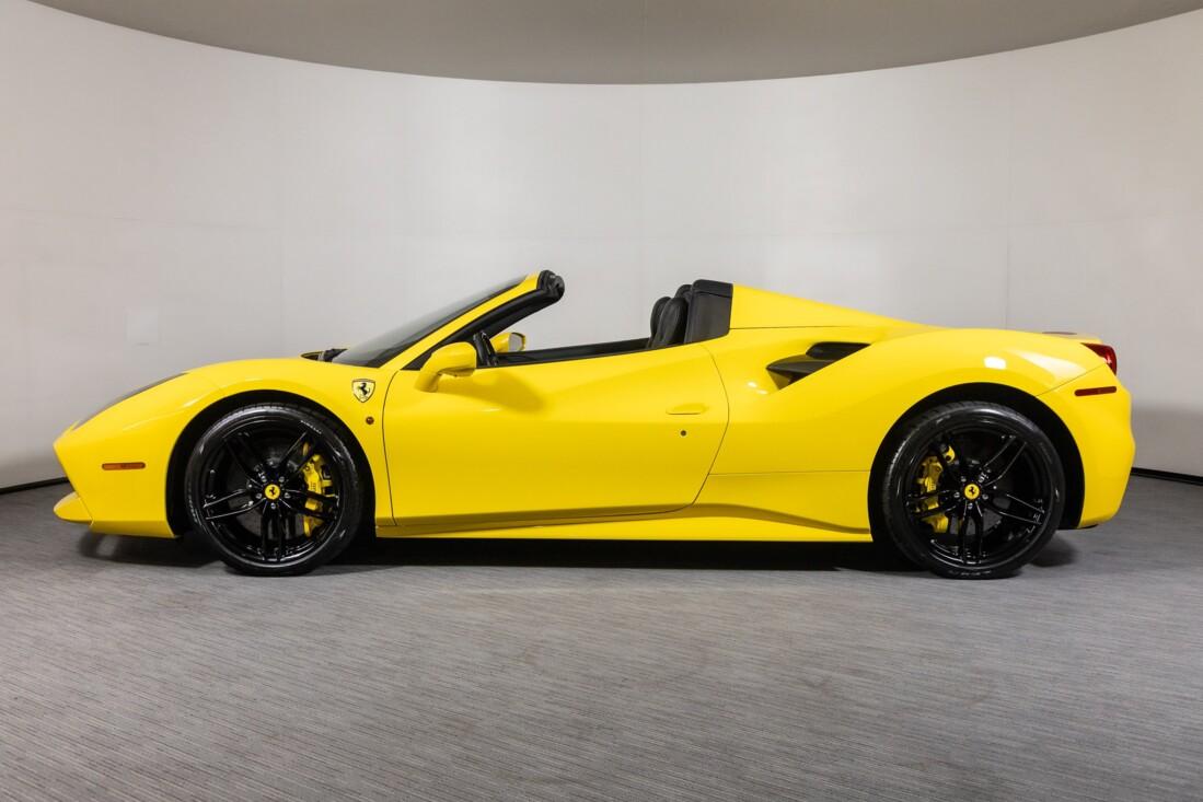 2016 Ferrari 488 Spider image _615d4979ccb473.43798000.jpg