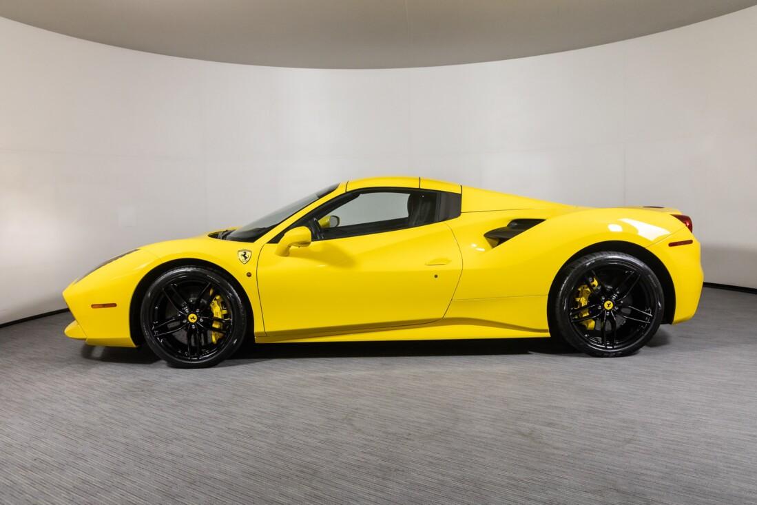 2016 Ferrari 488 Spider image _615d499e08b843.95807471.jpg