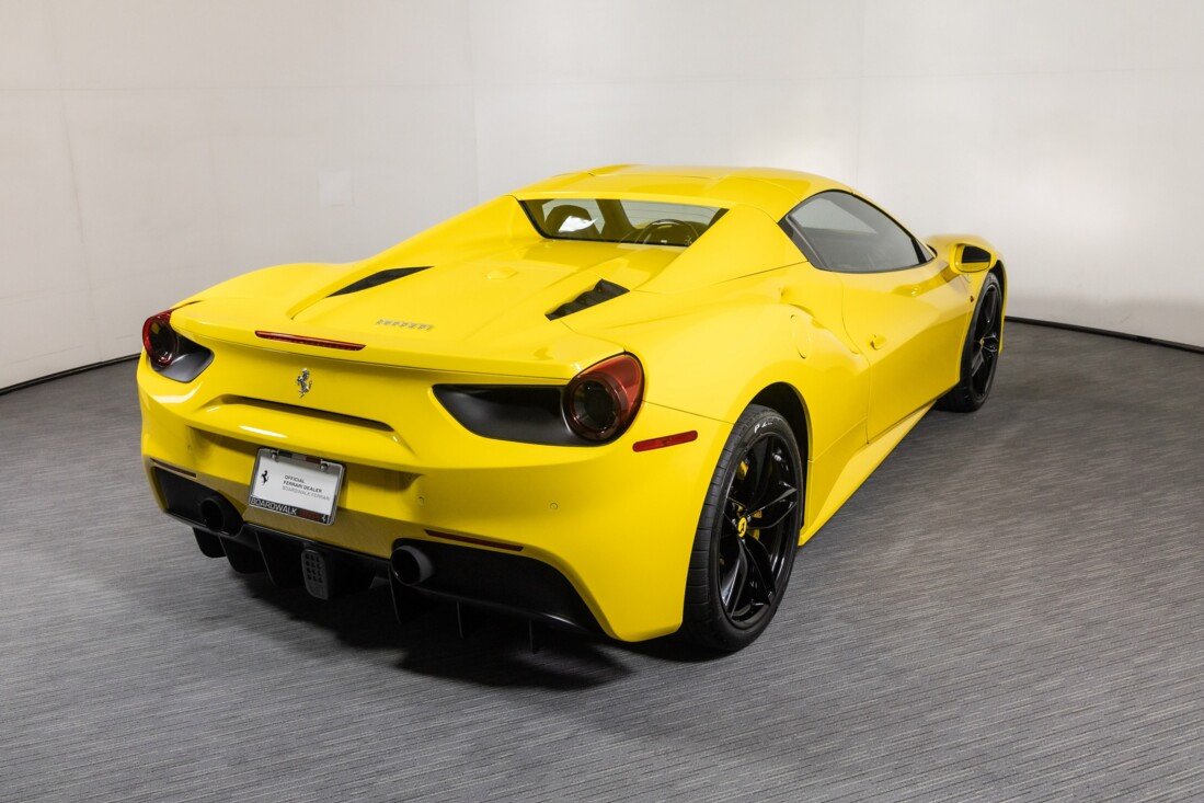 2016 Ferrari 488 Spider image _615d49a19bec43.26356416.jpg