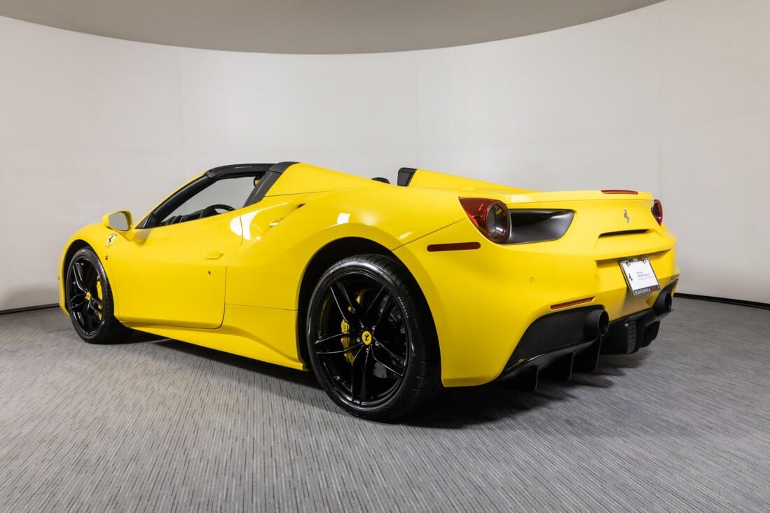 2016 Ferrari 488 Spider image _615d49b081bdd3.85168341.jpg