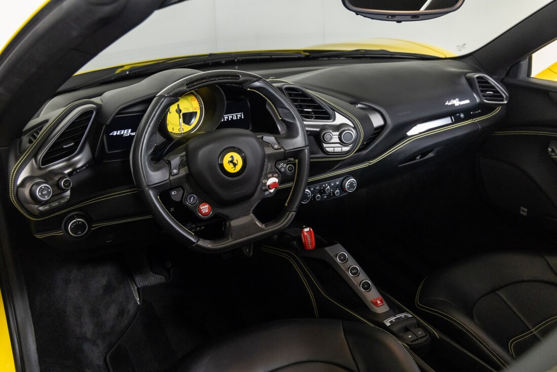 2016 Ferrari 488 Spider image _615d49f1d94087.77235233.jpg