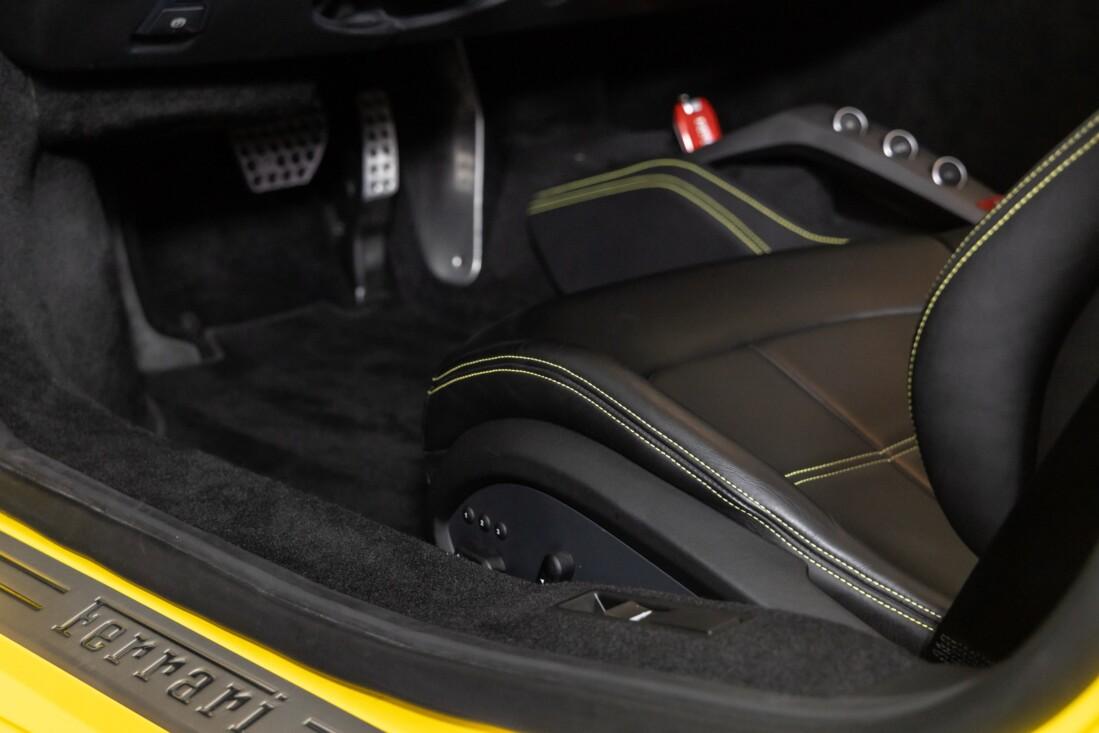 2016 Ferrari 488 Spider image _615d49fa6e66f9.89629451.jpg
