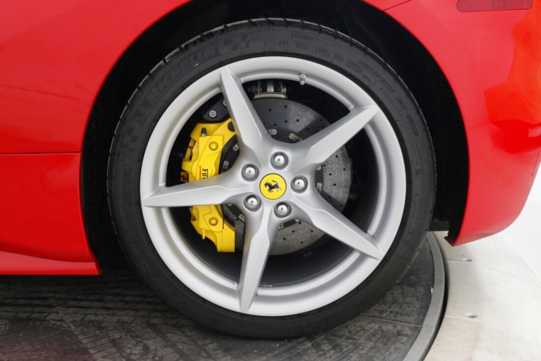 2018 Ferrari 488 Spider image _615d4b4fce9127.18262878.jpg