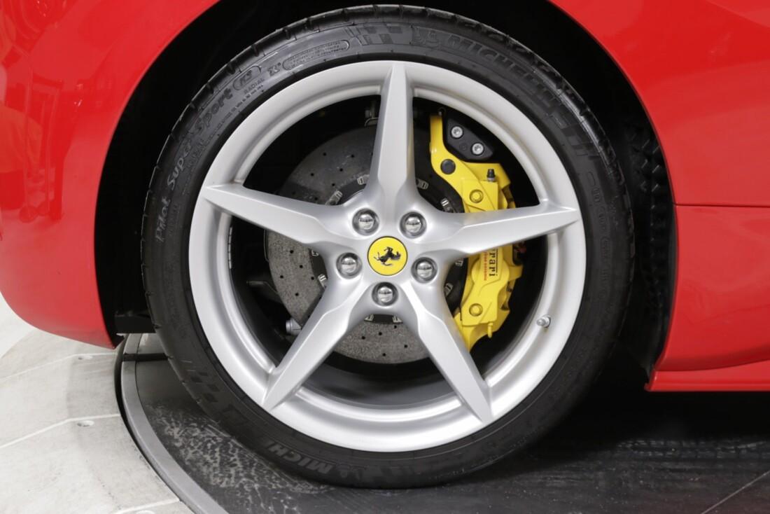 2018 Ferrari 488 Spider image _615d4b514dedb7.36058943.jpg