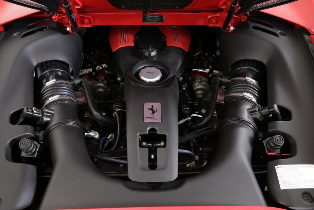 2018 Ferrari 488 Spider image _615d4b698fb5f1.52751774.jpg