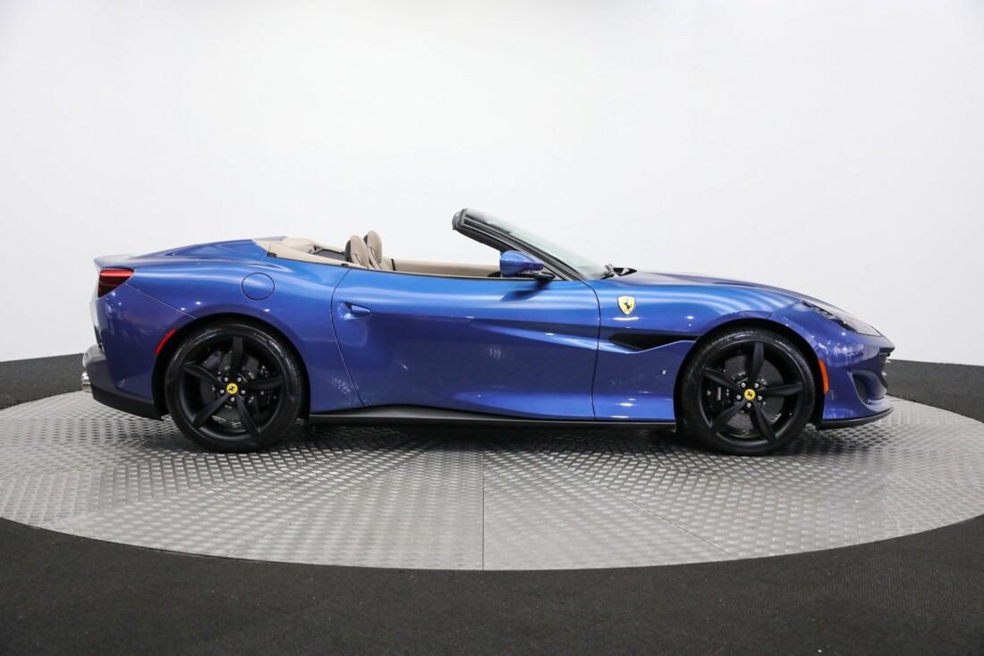 2019 Ferrari  Portofino image _615d5a704cae51.64017634.jpg