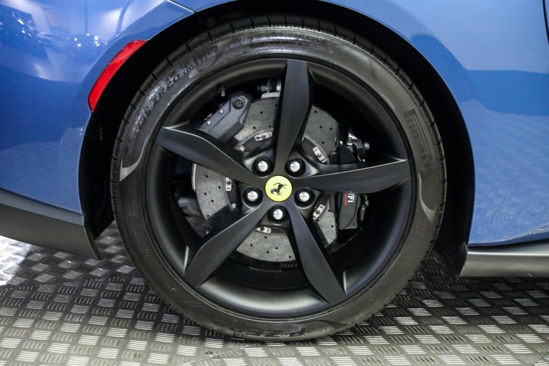 2019 Ferrari  Portofino image _615d5a855f4299.38511566.jpg