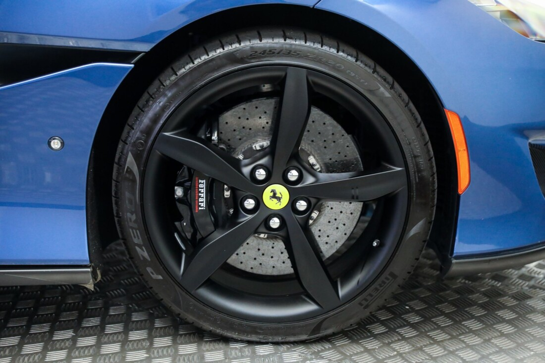 2019 Ferrari  Portofino image _615d5a85ecc510.81122712.jpg