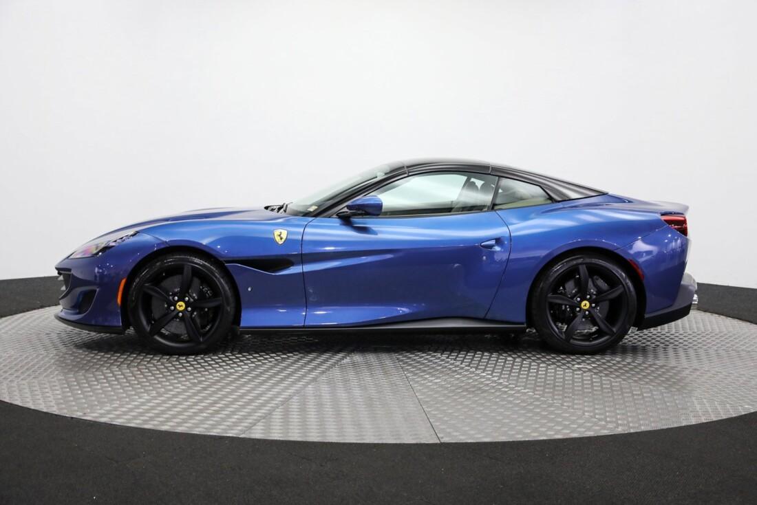 2019 Ferrari  Portofino image _615d5a88258df0.11860268.jpg