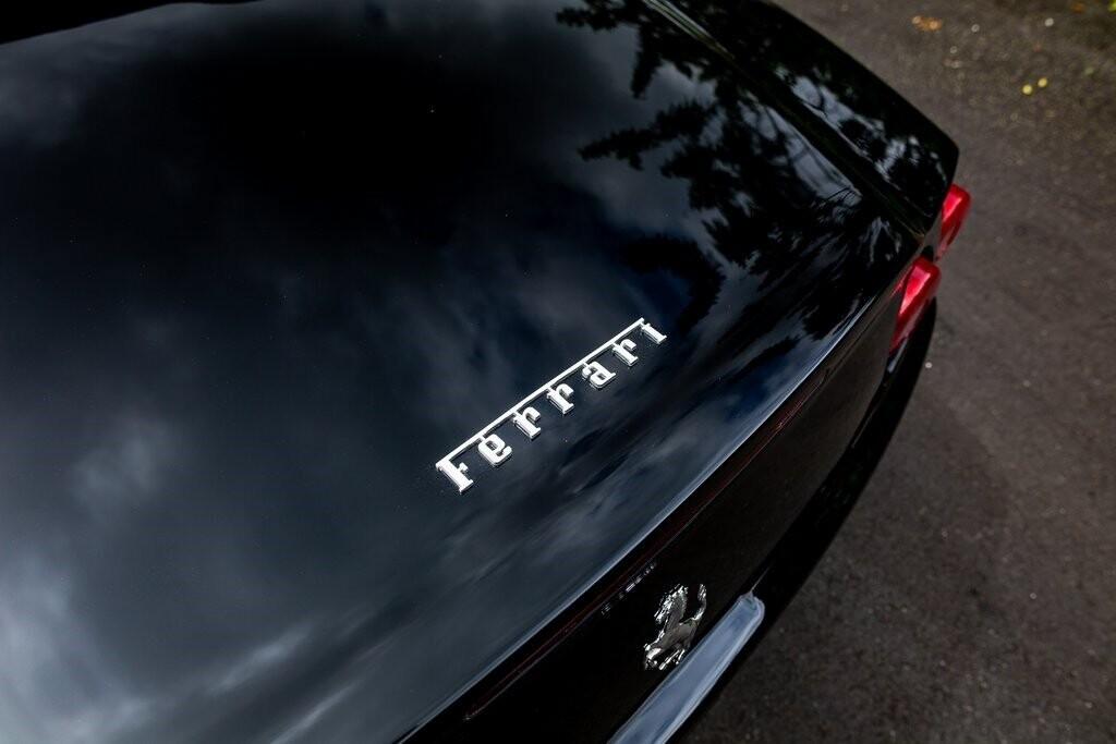 2001 Ferrari 550 Barchetta Pininfarina image _615d5aa81f2740.04582281.jpg