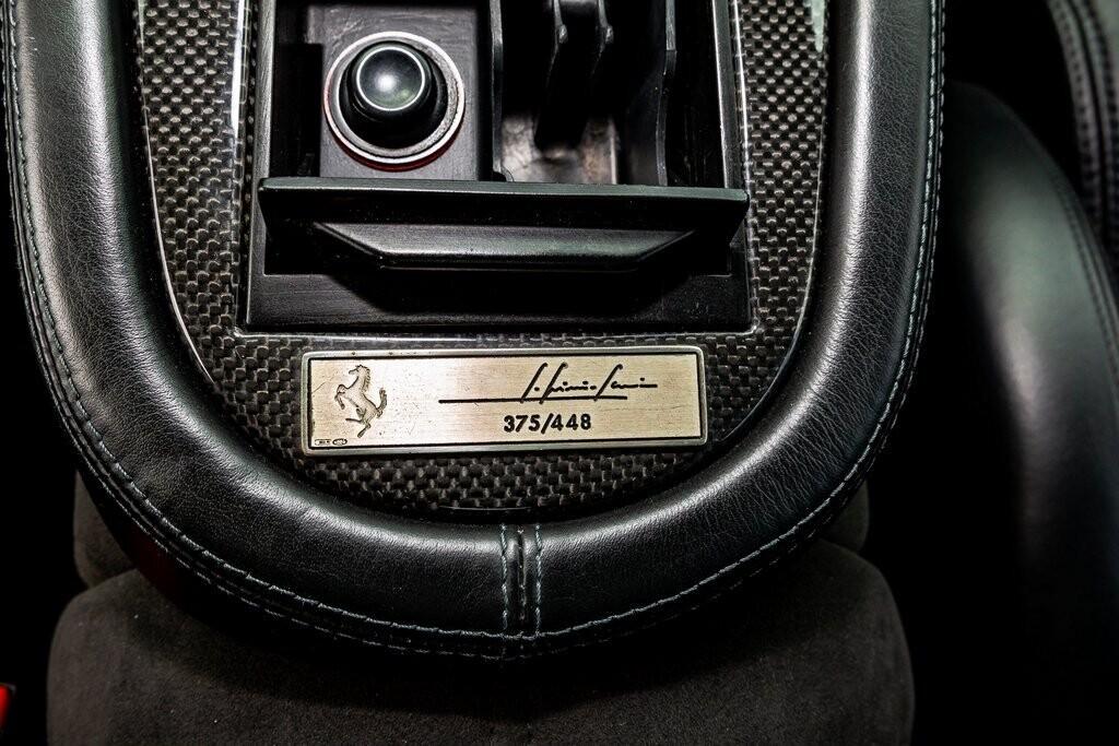2001 Ferrari 550 Barchetta Pininfarina image _615d5ab67cbd83.65364242.jpg
