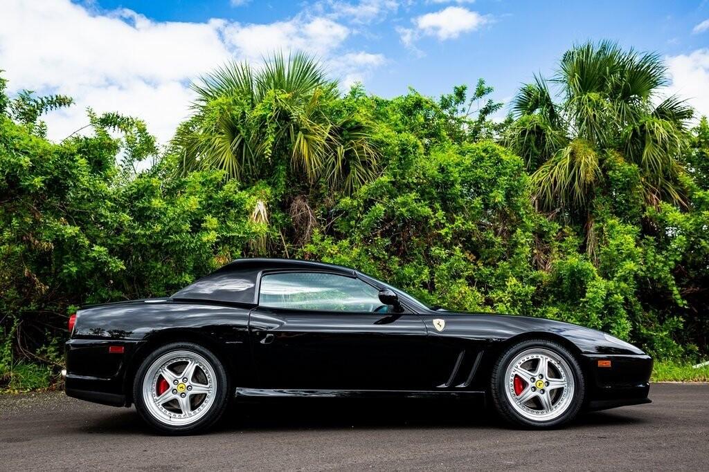 2001 Ferrari 550 Barchetta Pininfarina image _615d5ac88a7394.17160088.jpg