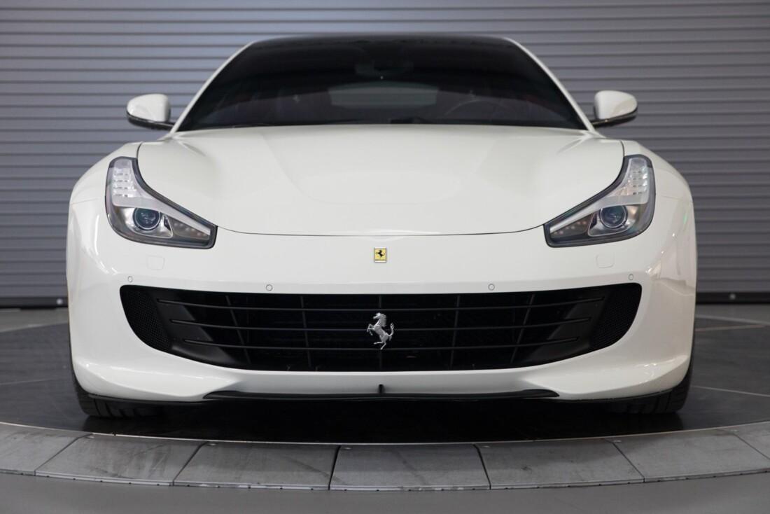 2018 Ferrari GTC4Lusso T image _615e9b0f75c682.87073077.jpg