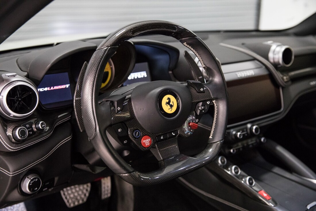2018 Ferrari GTC4Lusso T image _615e9b18a06d42.42891751.jpg