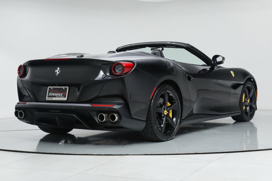2019 Ferrari  Portofino image _615e9b79e00c55.49748912.jpg