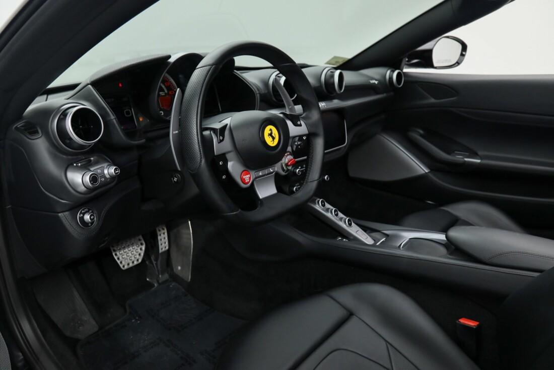 2019 Ferrari  Portofino image _615e9b7b1575c3.24562362.jpg