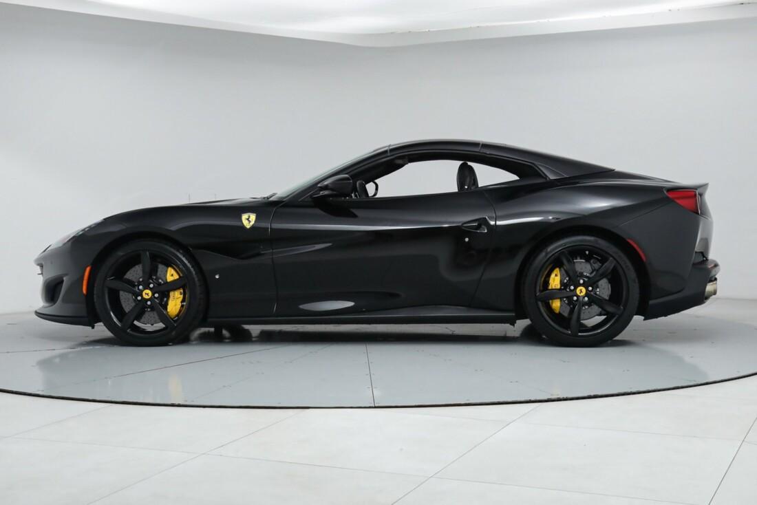 2019 Ferrari  Portofino image _615e9b7d62b8f1.50297200.jpg