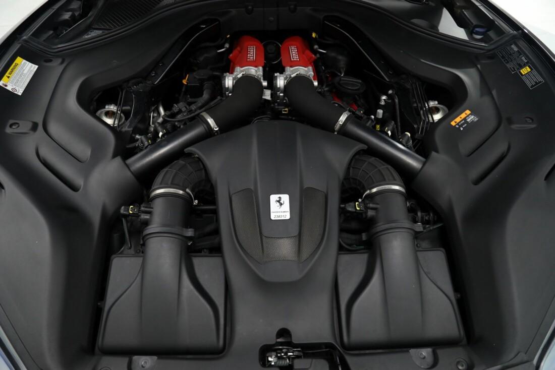 2019 Ferrari  Portofino image _615e9b94173cc8.75734573.jpg