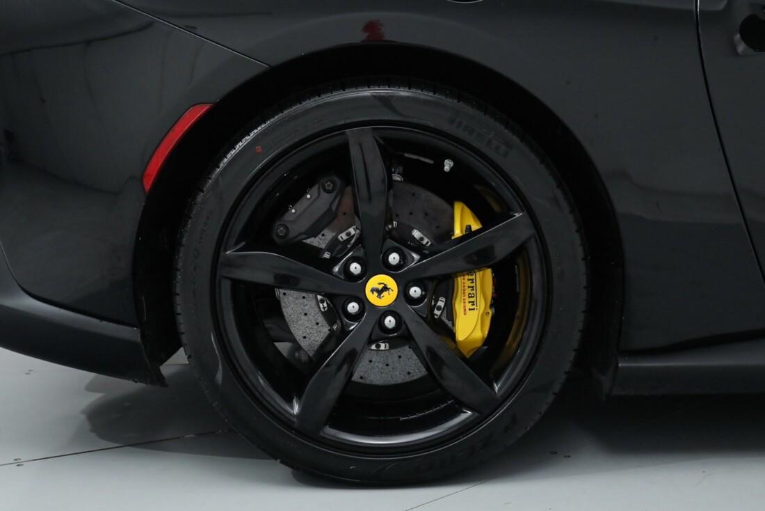 2019 Ferrari  Portofino image _615e9b99986705.34162110.jpg