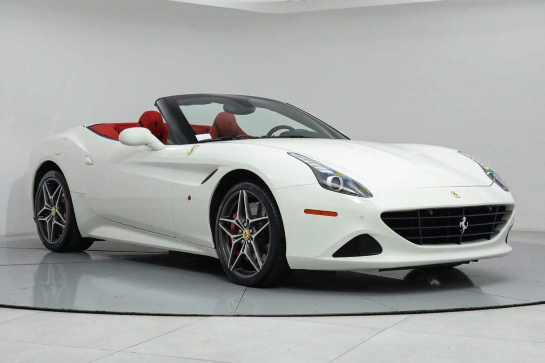 2015 Ferrari  California image _615e9ba5e32053.79245175.jpg