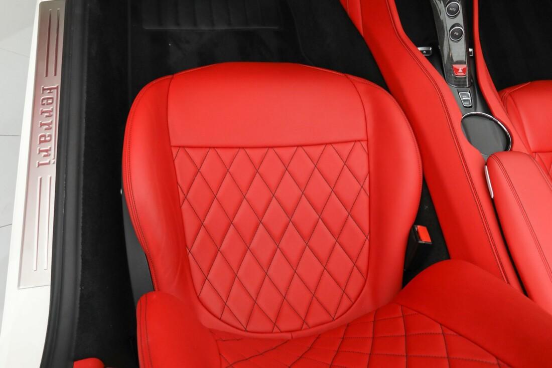 2015 Ferrari  California image _615e9bc2b686d2.30220862.jpg