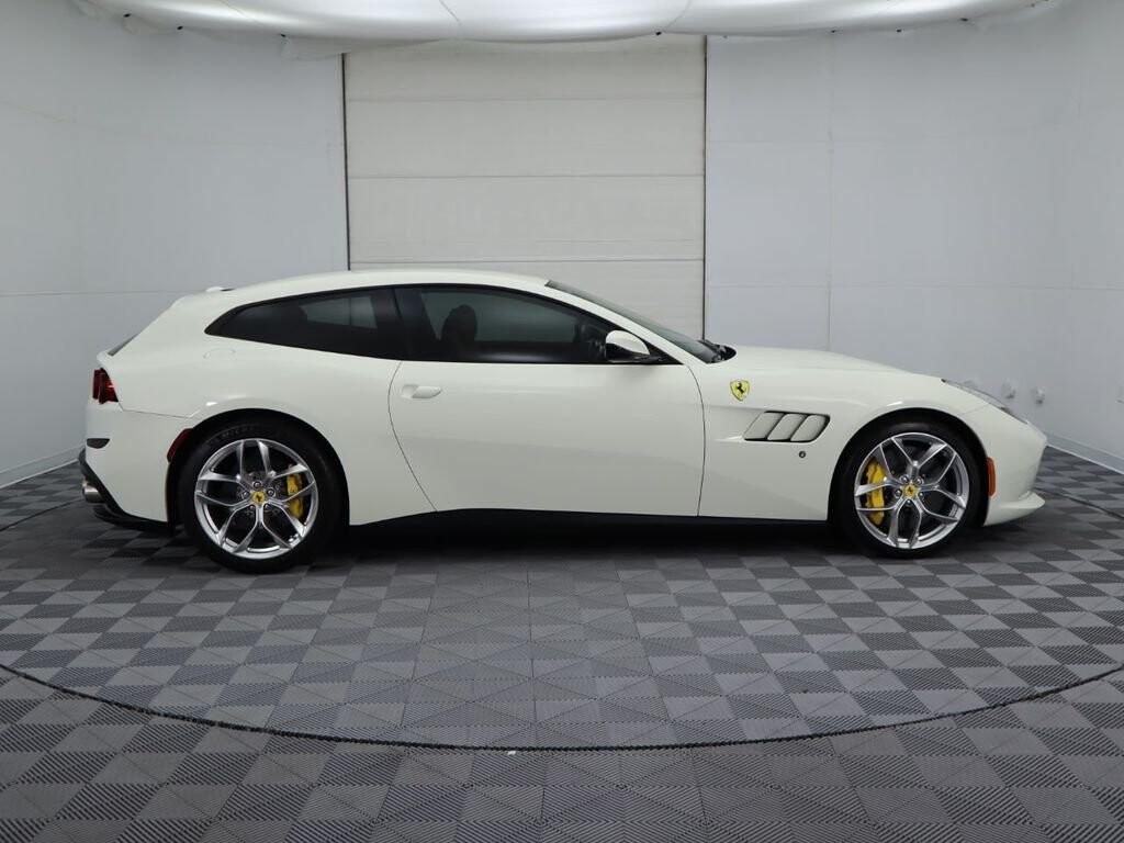 2018 Ferrari GTC4Lusso T image _615e9cc45a5836.73669556.jpg