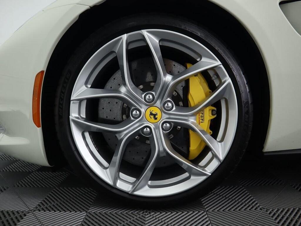 2018 Ferrari GTC4Lusso T image _615e9cd1a200d3.55682312.jpg