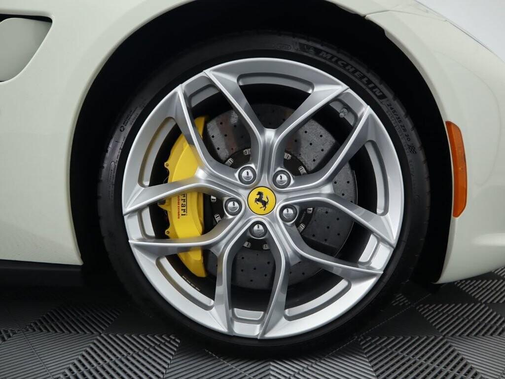 2018 Ferrari GTC4Lusso T image _615e9cd2f3cb92.26367559.jpg