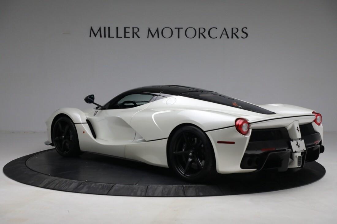 2014 Ferrari La image _615e9cfca1b8b5.10910855.jpg