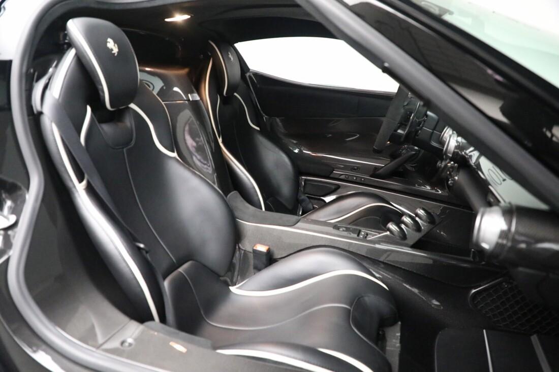 2014 Ferrari La image _615e9d0ec1f894.04737797.jpg