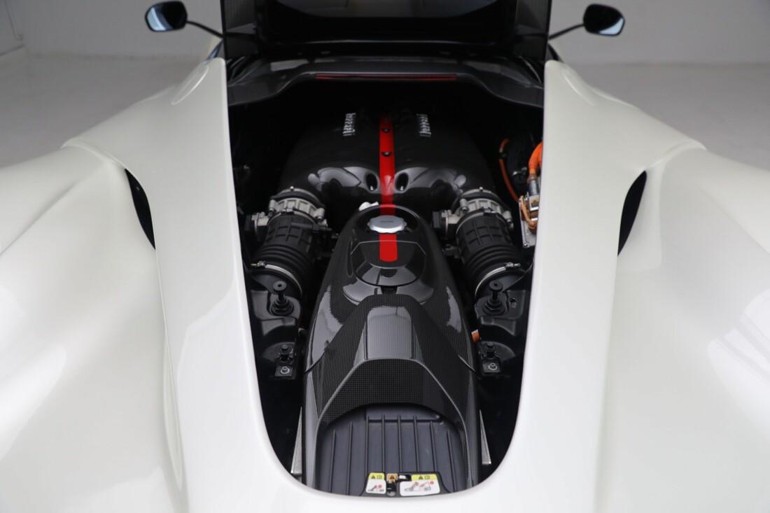 2014 Ferrari La image _615e9d12815008.31079577.jpg
