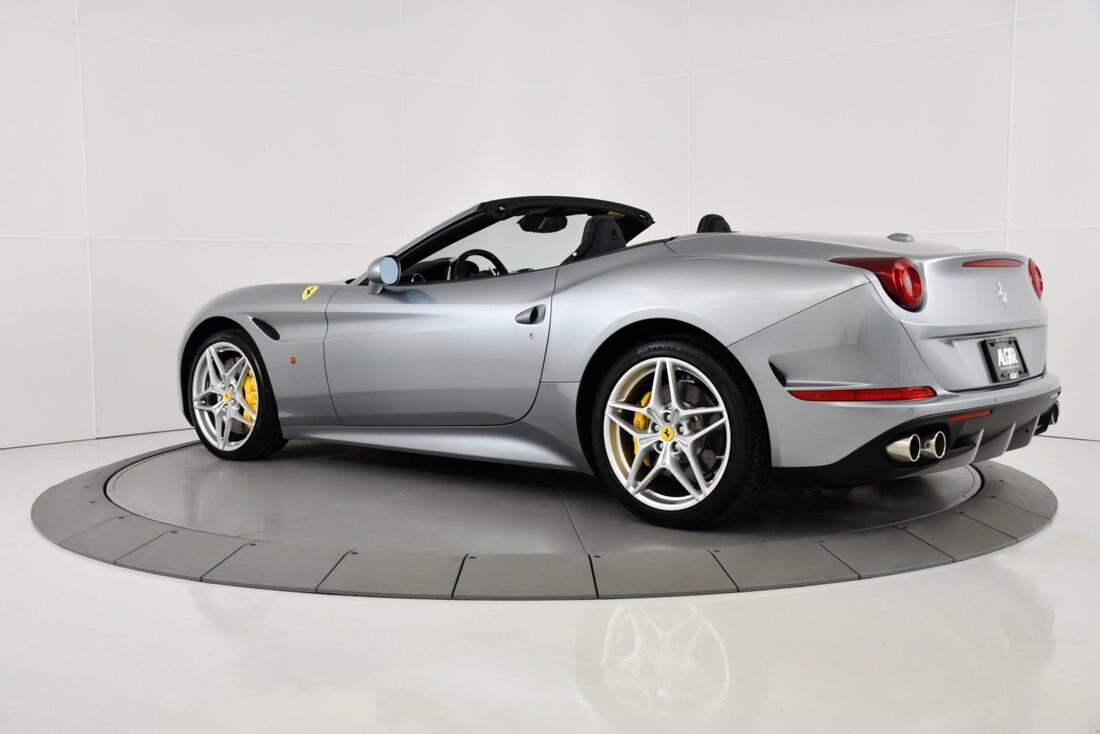 2015 Ferrari  California T image _615fec72ec97b8.34803507.jpg