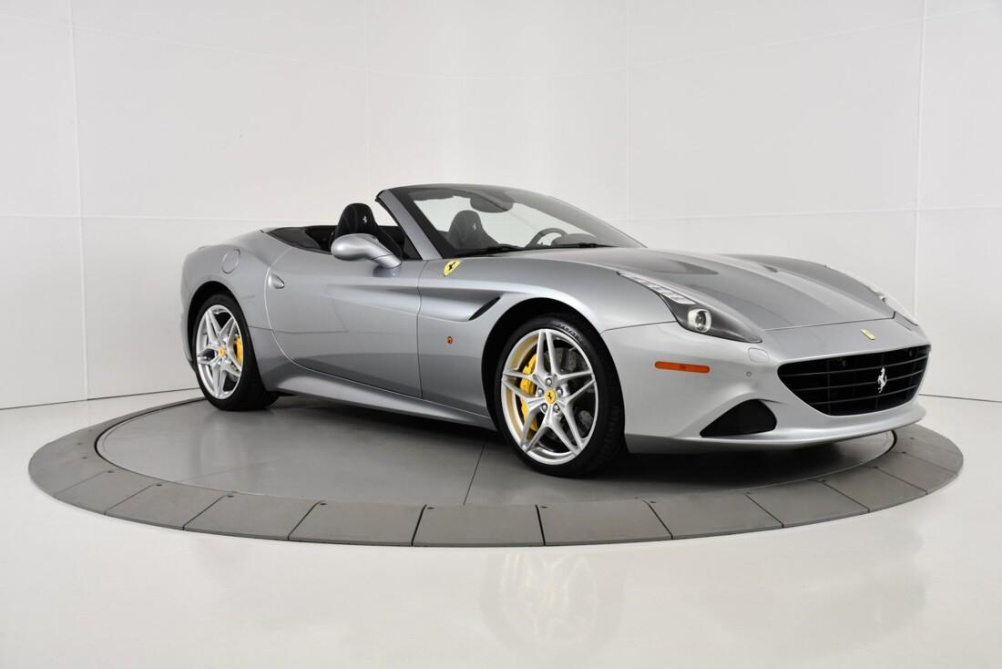 2015 Ferrari  California T image _615fec75cbecc3.68666598.jpg