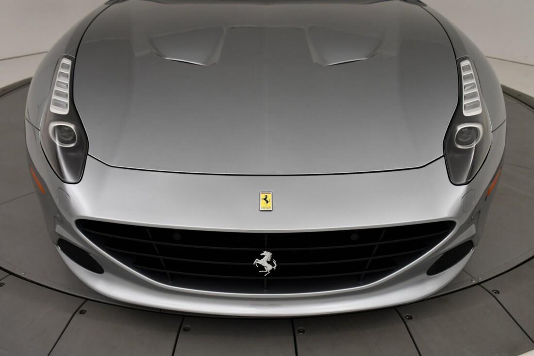 2015 Ferrari  California T image _615fec78bfb718.61552778.jpg