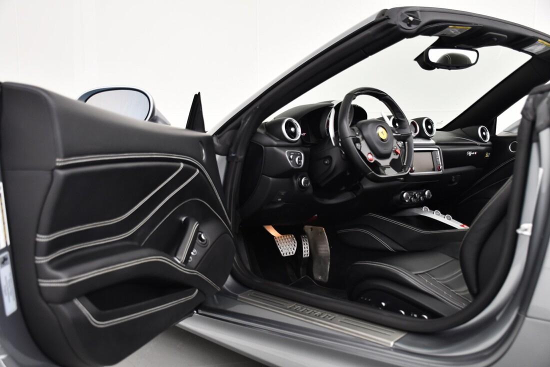 2015 Ferrari  California T image _615fec7a3c31d2.42219607.jpg