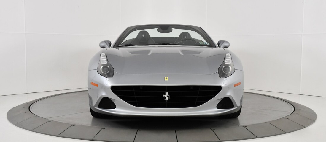 2015 Ferrari  California T image _615fec851a9842.94209828.jpg