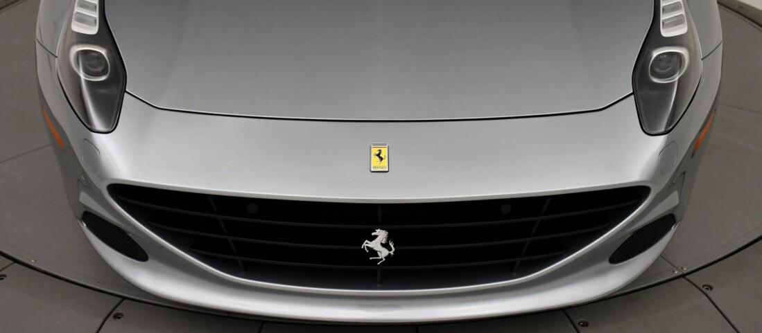 2015 Ferrari  California T image _615fec86df1a35.43735520.jpg