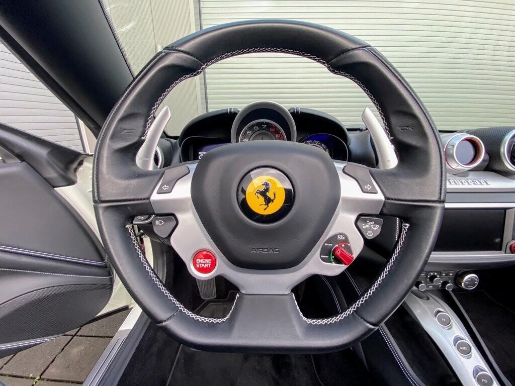 2016 Ferrari  California T image _615fecad896657.53901815.jpg