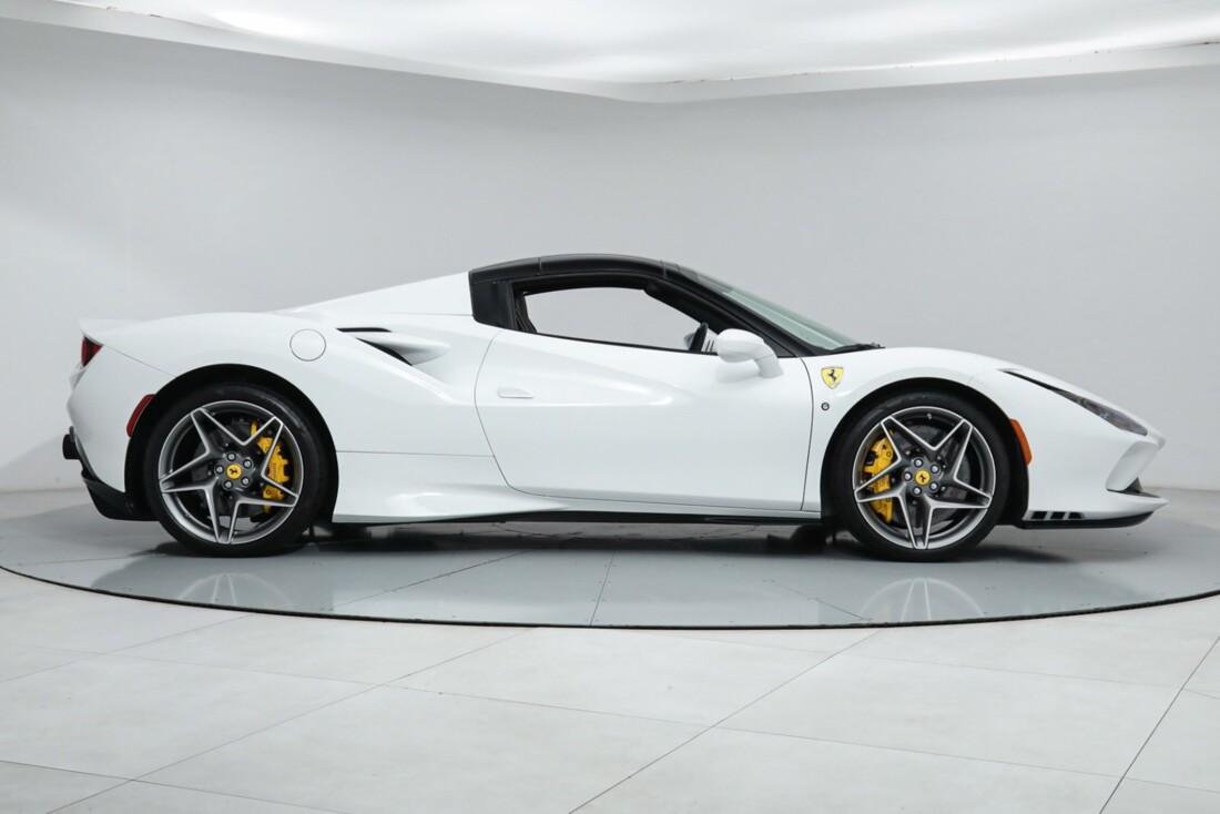 2021 Ferrari F8 Tributo Spider image _615fed7b219594.20637708.jpg