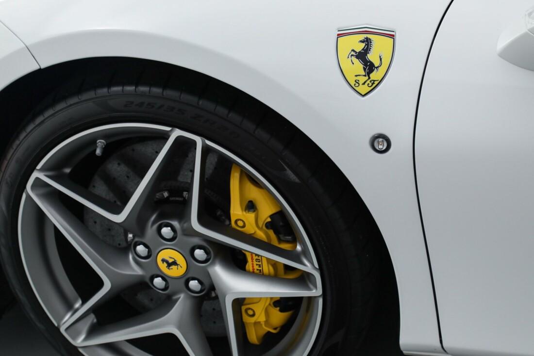 2021 Ferrari F8 Tributo Spider image _615fed88e65e47.31526228.jpg