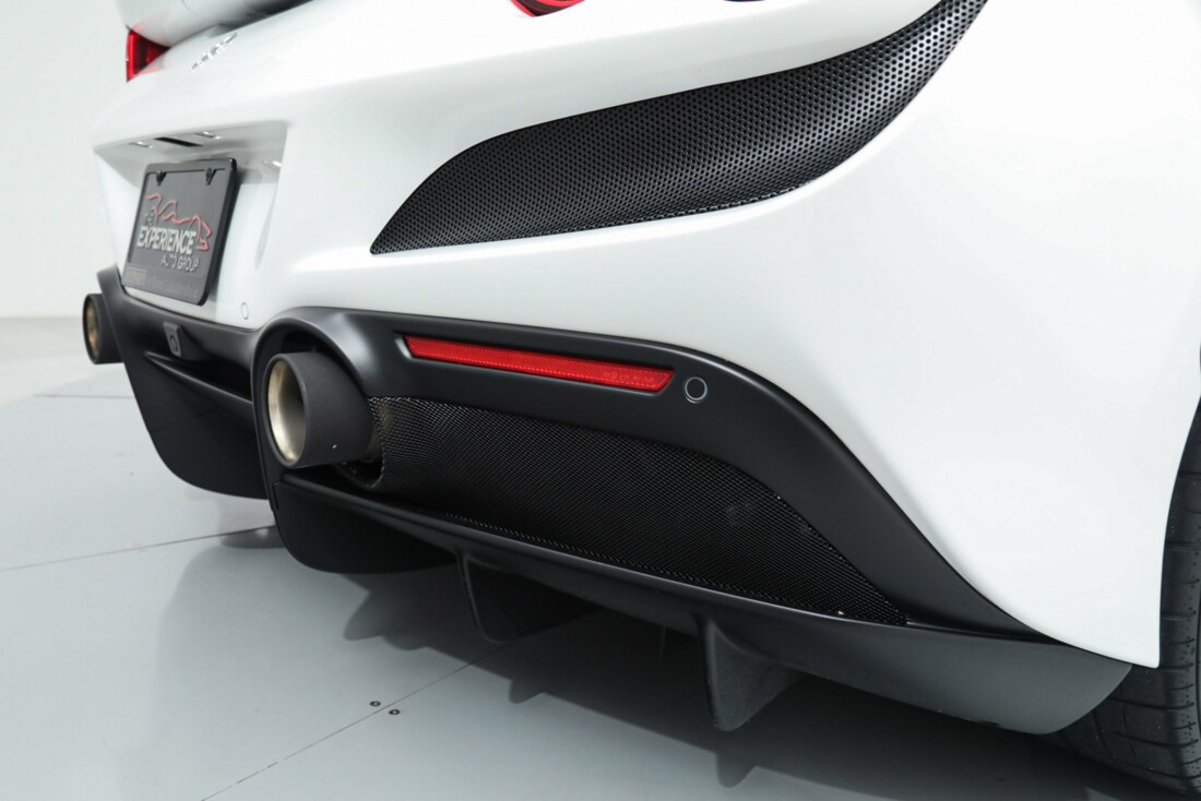 2021 Ferrari F8 Tributo Spider image _615fed8cc94988.96333670.jpg
