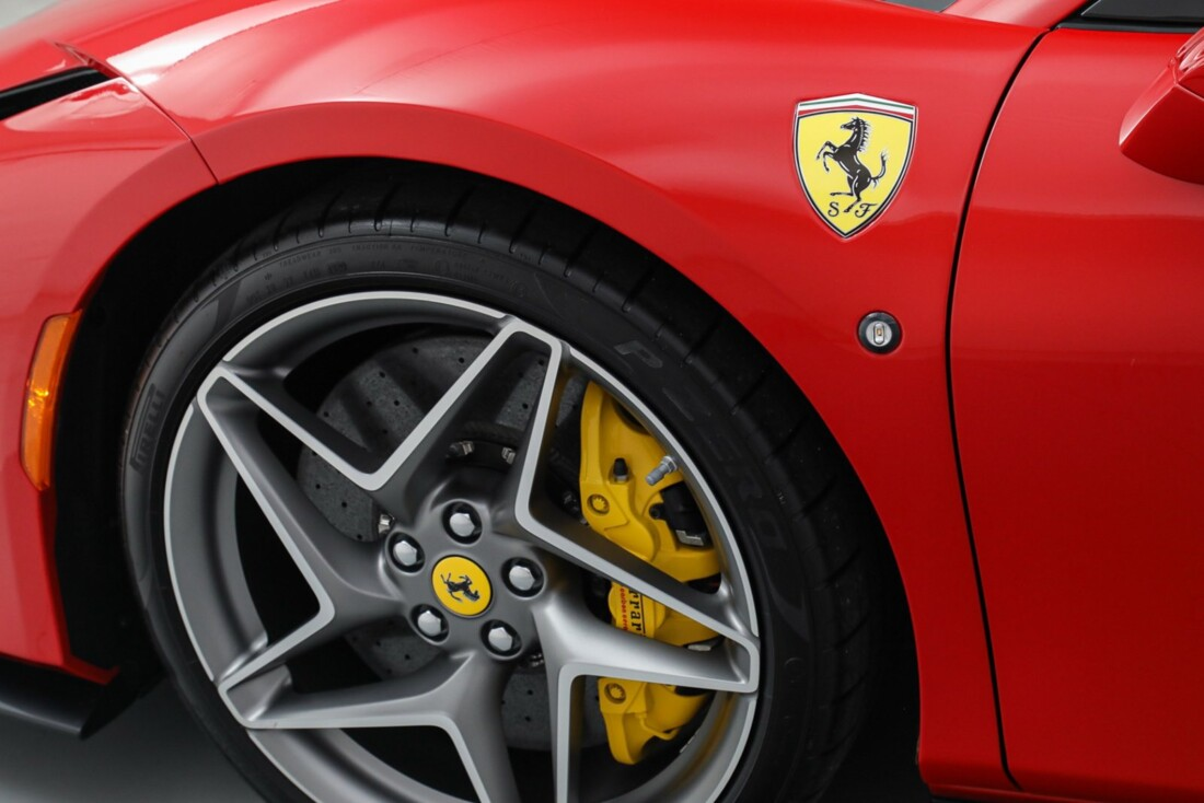 2021 Ferrari F8 Tributo Spider image _615fedbe24b6a7.32036775.jpg