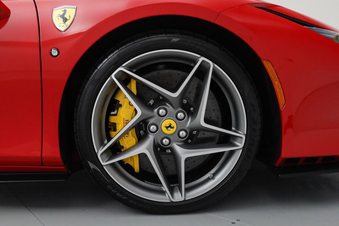 2021 Ferrari F8 Tributo Spider image _615fedcf35b986.16009569.jpg
