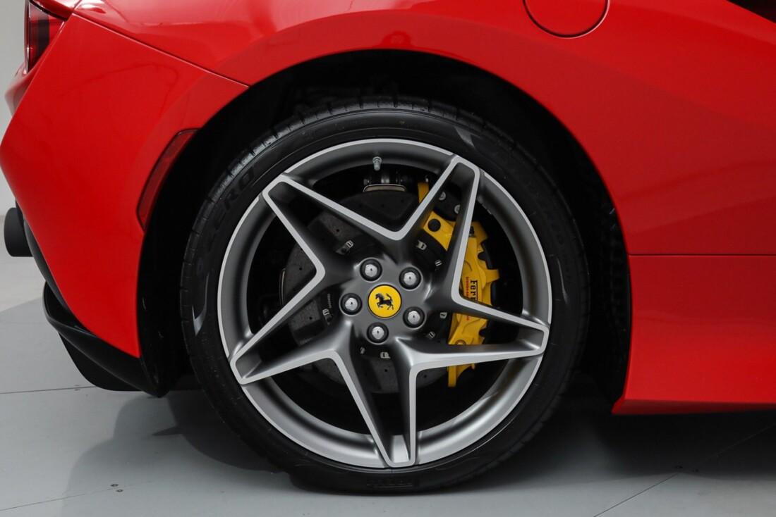 2021 Ferrari F8 Tributo Spider image _615fedd003e798.69907855.jpg