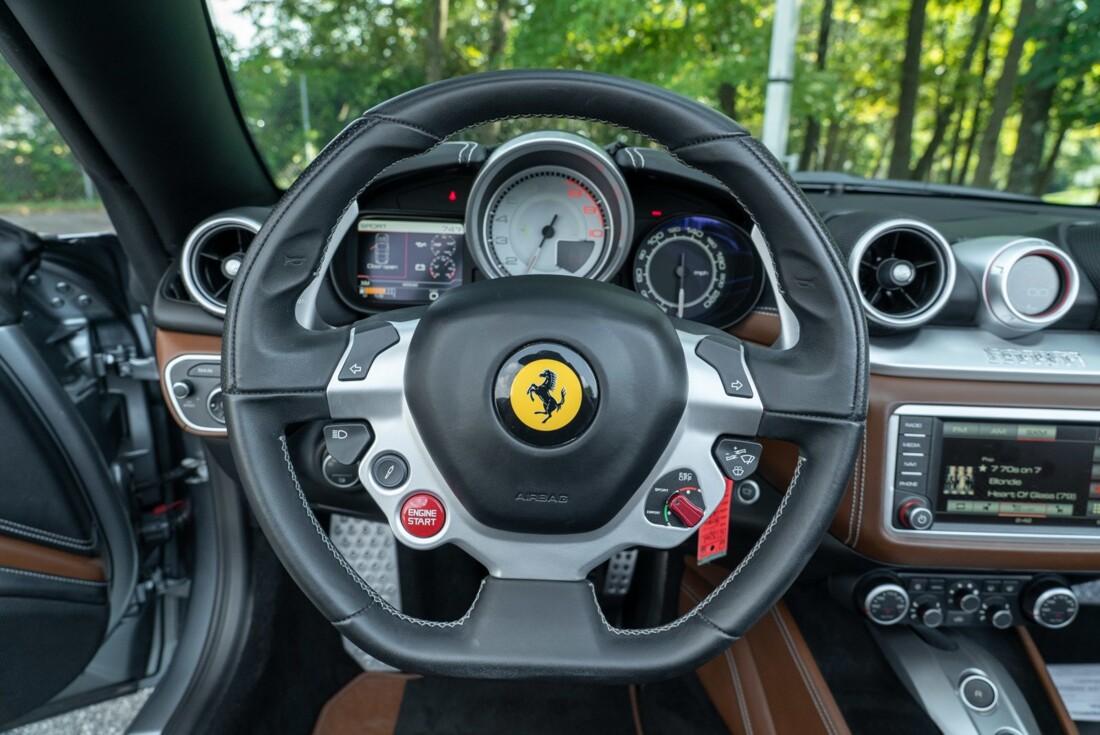 2017 Ferrari  California T image _615fee114f5128.18220755.jpg