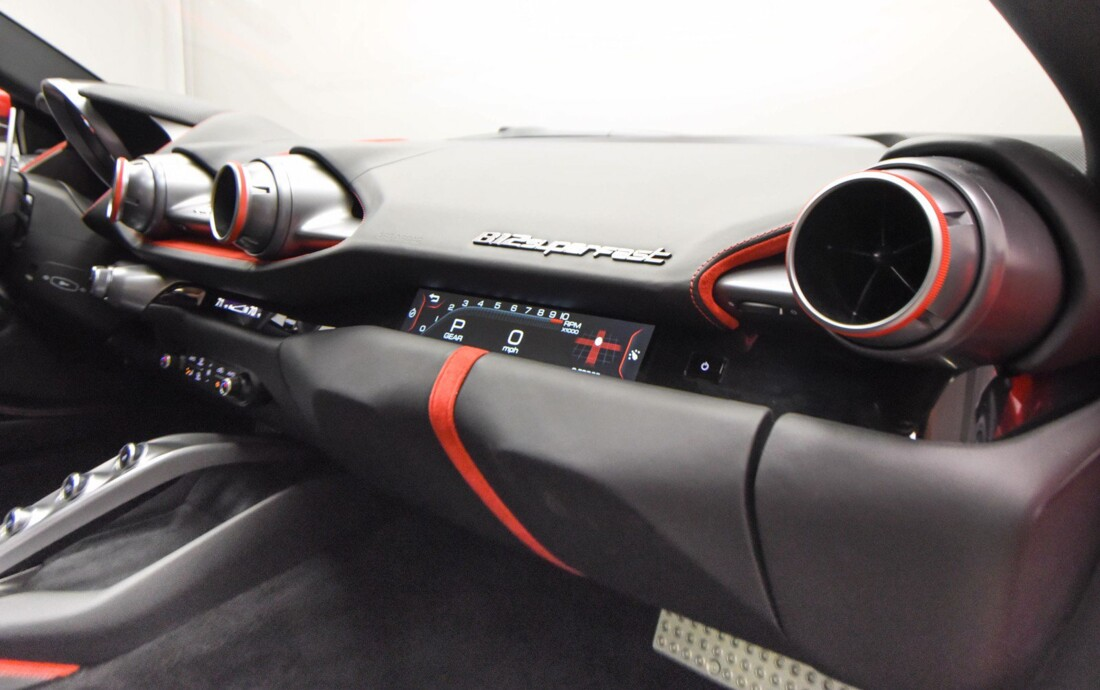 2020 Ferrari 812 Superfast image _615fee5aa75ee3.81300741.jpg