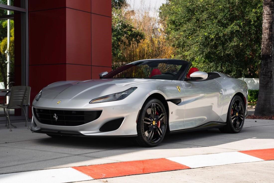 2019 Ferrari  Portofino image _61613e036b7a06.56013652.jpg