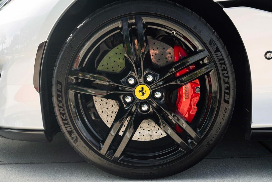 2019 Ferrari  Portofino image _61613e0c839084.71866740.jpg